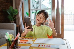 The Benefits of Giving Your Child a Cell Phone