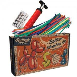 Balloon modeling kit