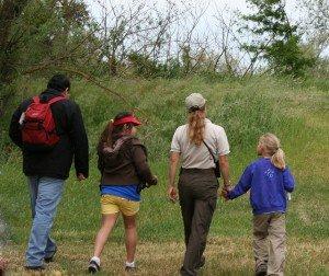 Family Hiking 5334479366_e7d86e884f_z