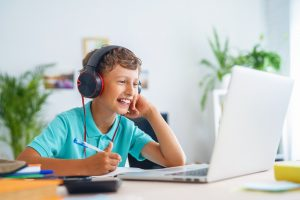 7 Ways to Make Hybrid Learning Easier on Your LD Child