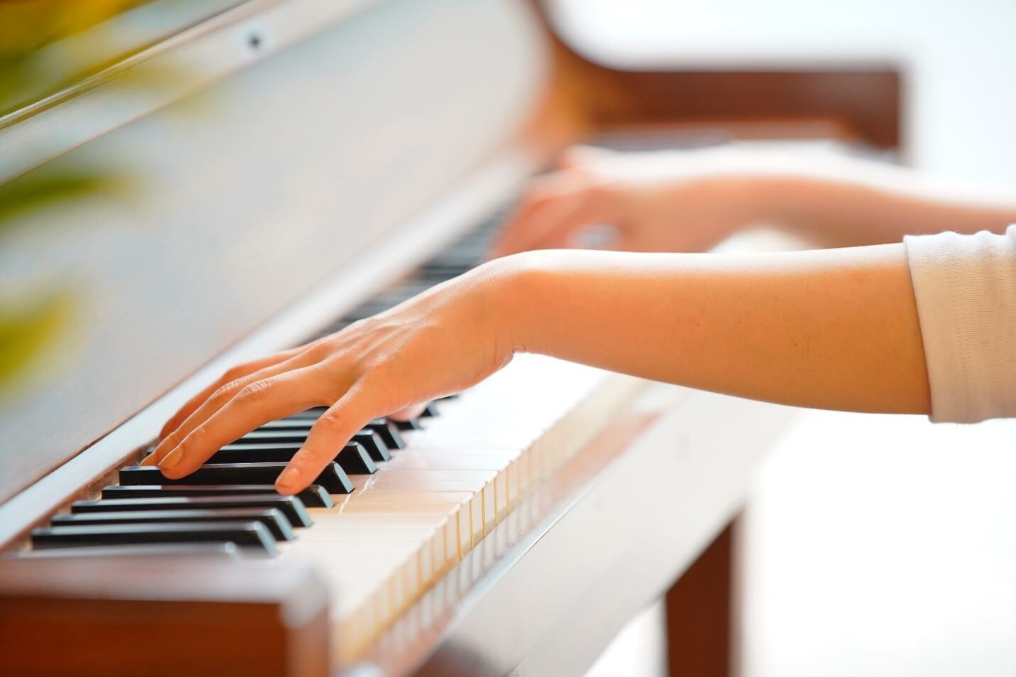 7 Best Brain Hacks for Learning to Play Piano Quickly